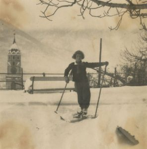 EvG skiing, early 1920s