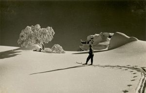 powder snow in Australia, July 1937